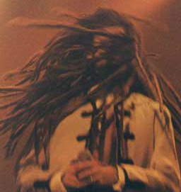 Guillermo con dreadlocks